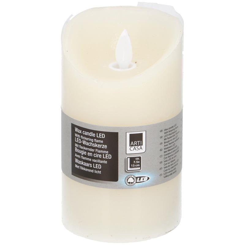 Creme LED kaarsen/stompkaarsen 13 cm