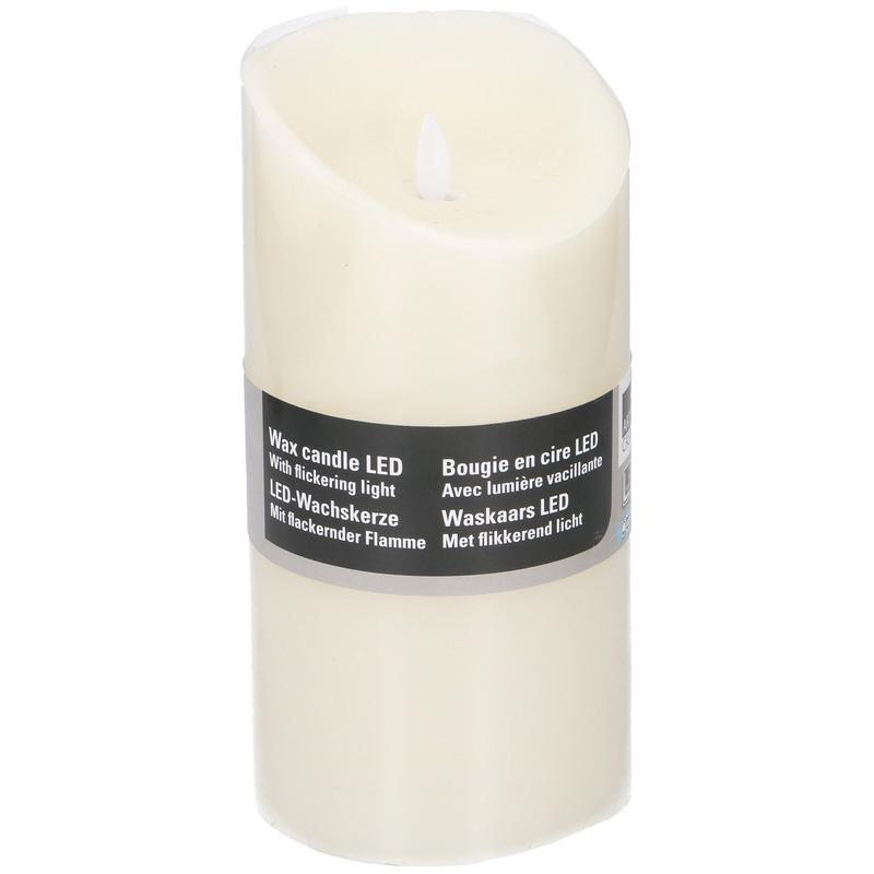 Witte LED kaarsen/stompkaarsen 19,5 cm